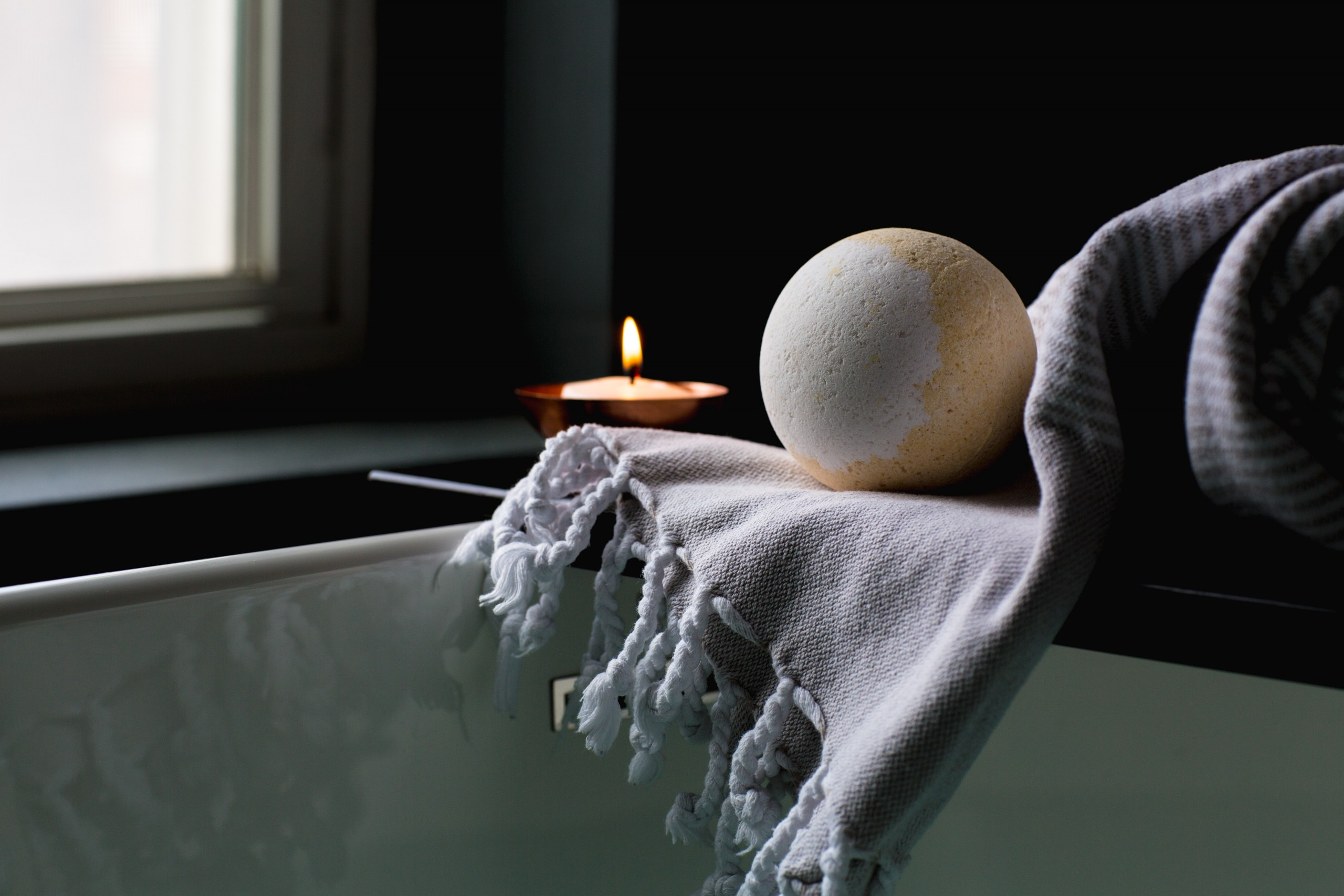 Bath Bomb, Candle, Tub.