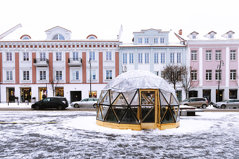 Dining Igloo set up in downtown